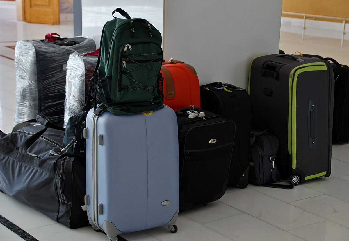 Go for most required luggage set online